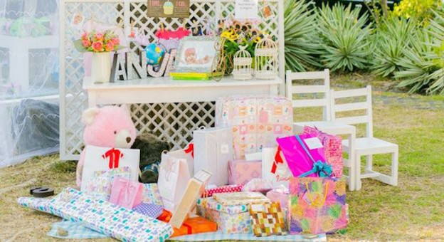Teddy Bear Picnic in the Park themed birthday party via Kara's Party Ideas | KarasPartyIdeas.com (2)