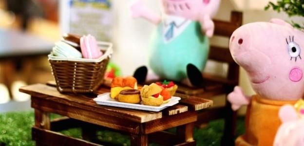 Peppa Pig themed 2nd Birthday Party via Kara's Party Ideas | KarasPartyIdeas.com (1)