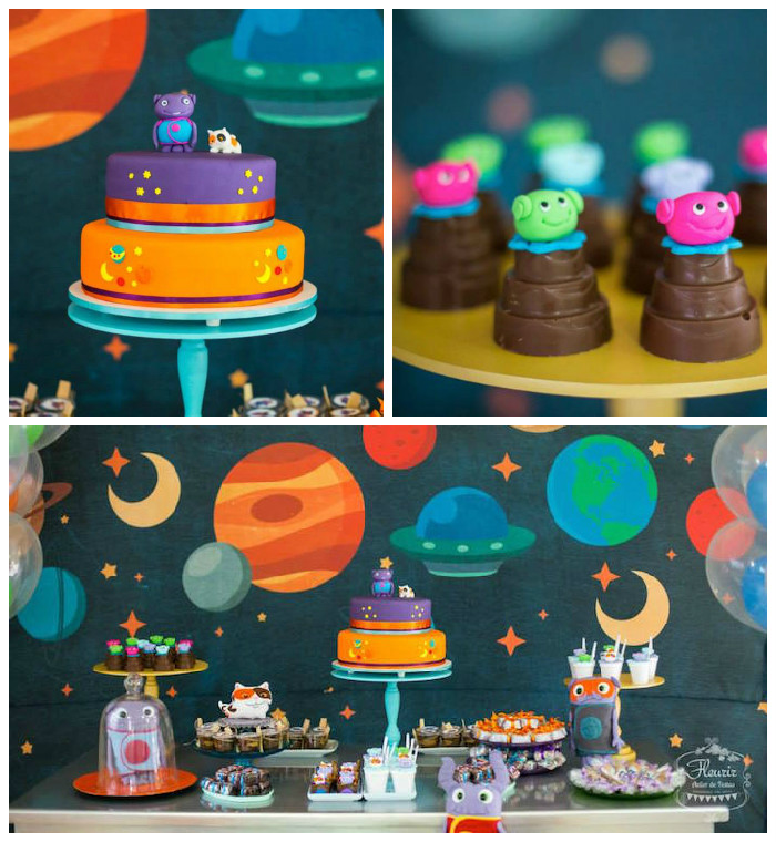 Karas Party Ideas Home Inspired Alien Birthday Party via Karas