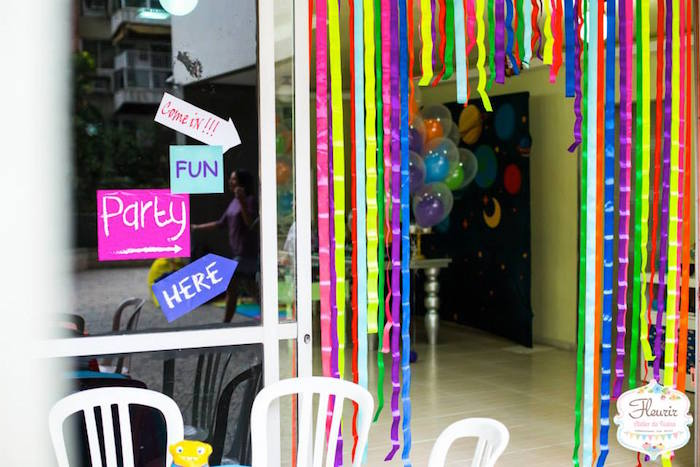 Birthday Decoration Ideas In Home Part - 35: Karas Party Ideas Home Inspired Alien Birthday Party Via Karas