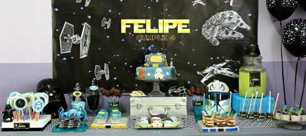Lego Star Wars Party via Kara's Party Ideas | KarasPartyIdeas.com (2)