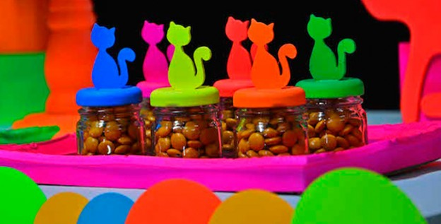 Neon Cat Tween Birthday Party via Kara's Party Ideas | The Place for All Things Party! KarasPartyIdeas.com (2)