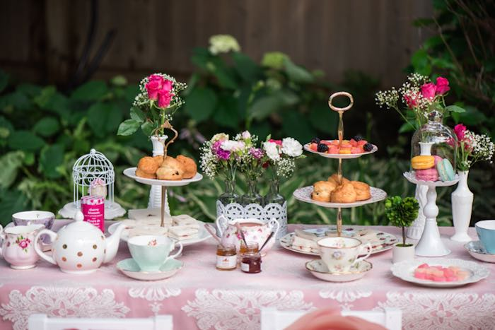 Outdoor Afternoon Tea Party Via Kara S Ideas Karaspartyideas