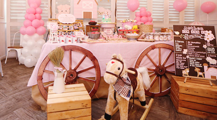 Karas Party Ideas Pink Barnyard Birthday