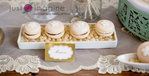 Romantic Vintage Wedding via Kara's Party Ideas | The Place For Al Things Party! KarasPartyIdeas.com (4)