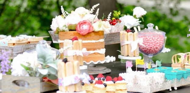 Picnic in the park by Kara Allen | Kara's Party Ideas | KarasPartyIdeas.com NYC Central Park