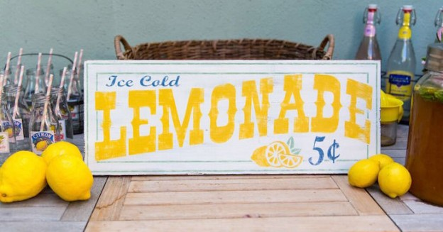 Vintage Lemonade Stand Party via Kara's Party Ideas | KarasPartyIdeas.com (3)