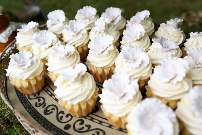 Dinner Party Ideas For 20 Part - 42: Cupcakes From An Elegant White Outdoor Dinner Party Via Karau0027s Party Ideas  | KarasPartyIdeas.com