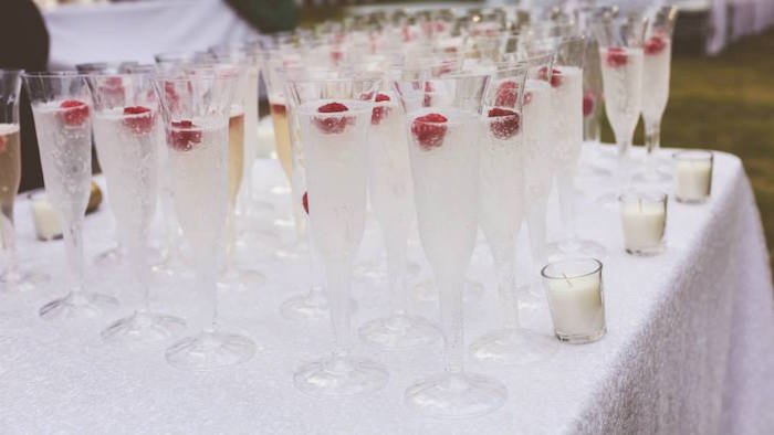 Kara S Party Ideas 187 Champagne Glasses From An Elegant