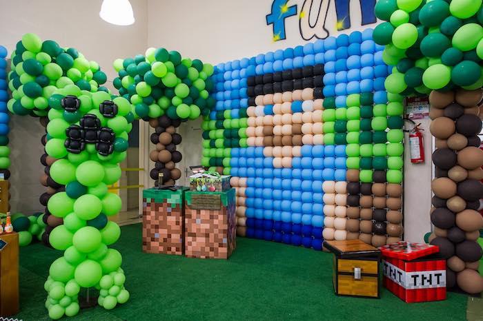 Karas Party Ideas Balloon Backdrop from a Minecraft Birthday