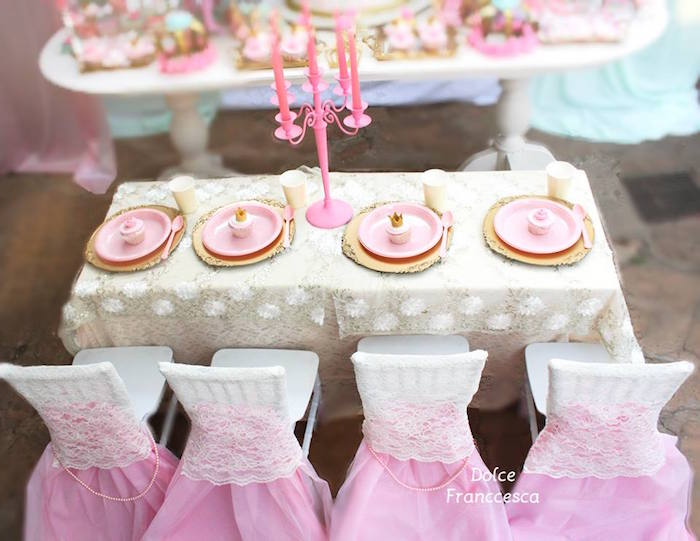 Dining Table From A Royal Princess Birthday Party Via Karas Ideas KarasPartyIdeas