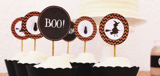 Cupcakes from a Trick or Treat Halloween Dessert Table + FREE Printables! Via Kara's Party Ideas | KarasPartyIdeas.com (1)