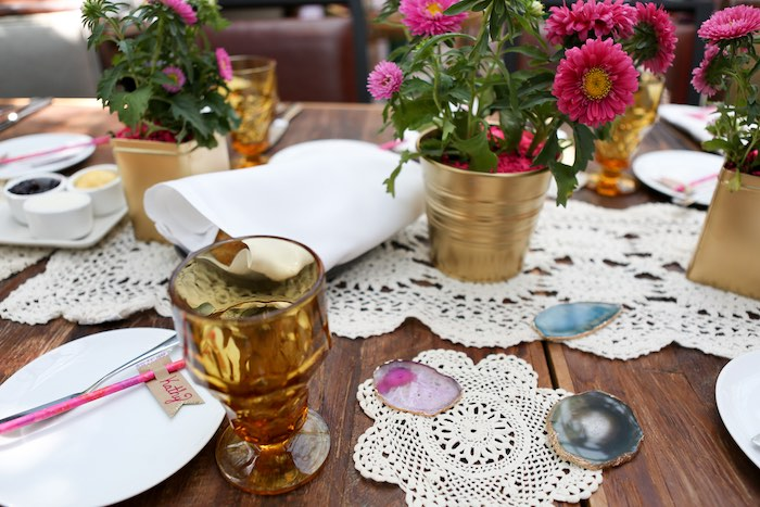 Kara 39 S Party Ideas Dining Centerpieces Tablescape From A