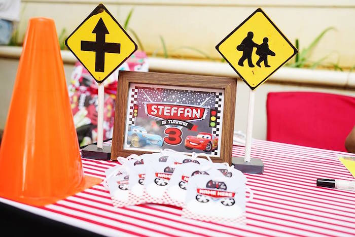 Karas Party Ideas Signs Name Cards From A Disneys Cars Themed - Cars sign and names
