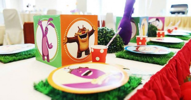 Dining Tablescape from a Disney's Kate & Mim Mim Inspired Birthday Party via Kara's Party Ideas KarasPartyIdeas.com (1)