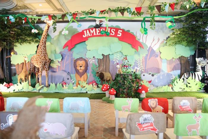 Kara's Party Ideas Stage/Backdrop from a Jungle Animals Birthday Party via Kara's Party Ideas ...