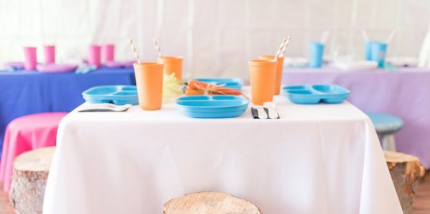 Olaf Inspired Dining Table from a Frozen Inspired Winter Wonderland Party via Kara's Party Ideas! KarasPartyIdeas.com (2)