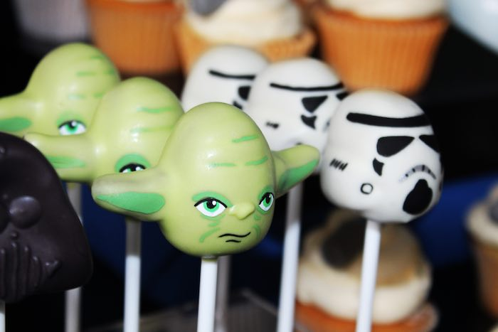 Star Wars Cake Pop Images : Kara s Party Ideas Cake Pops from a Star Wars Party via ...