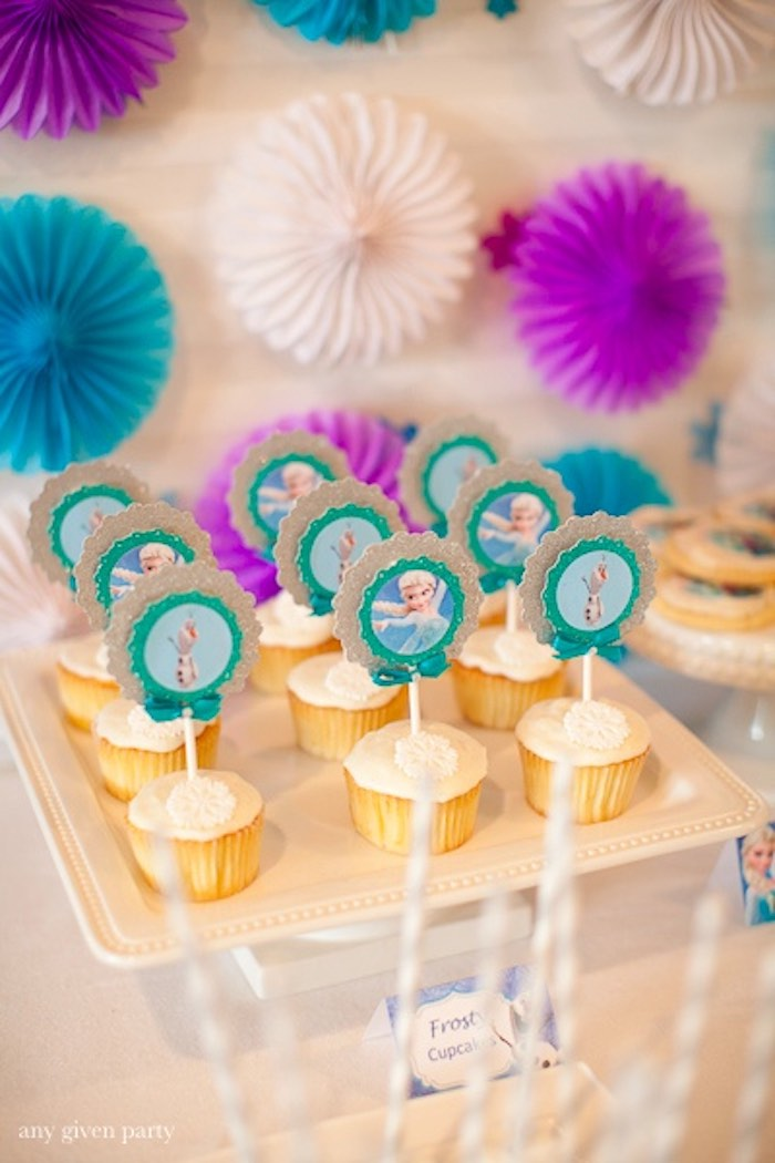 Cupcakes from a Frozen Birthday Party via Kara's Party Ideas | KarasPartyIdeas.com (23)
