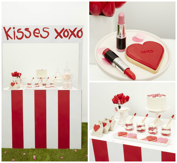 how to make a kissing booth
