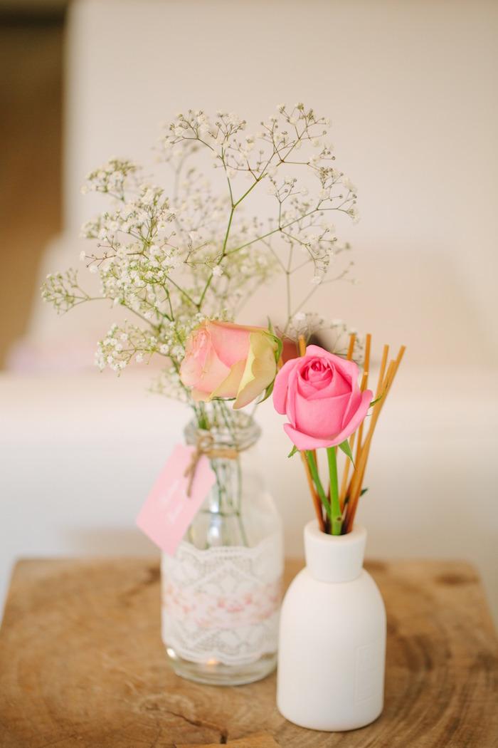 Kara 39 s party ideas floral arrangement from a vintage chic for Flower arrangements for parties