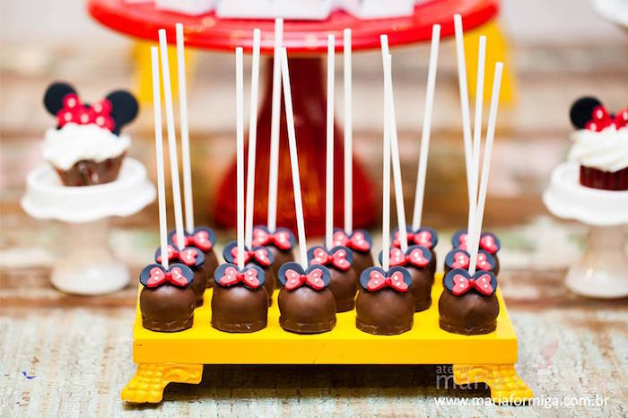 Minnie Mouse Truffles from a Minnie Mouse Birthday Party via Kara's Party Ideas | KarasPartyIdeas.com (14)