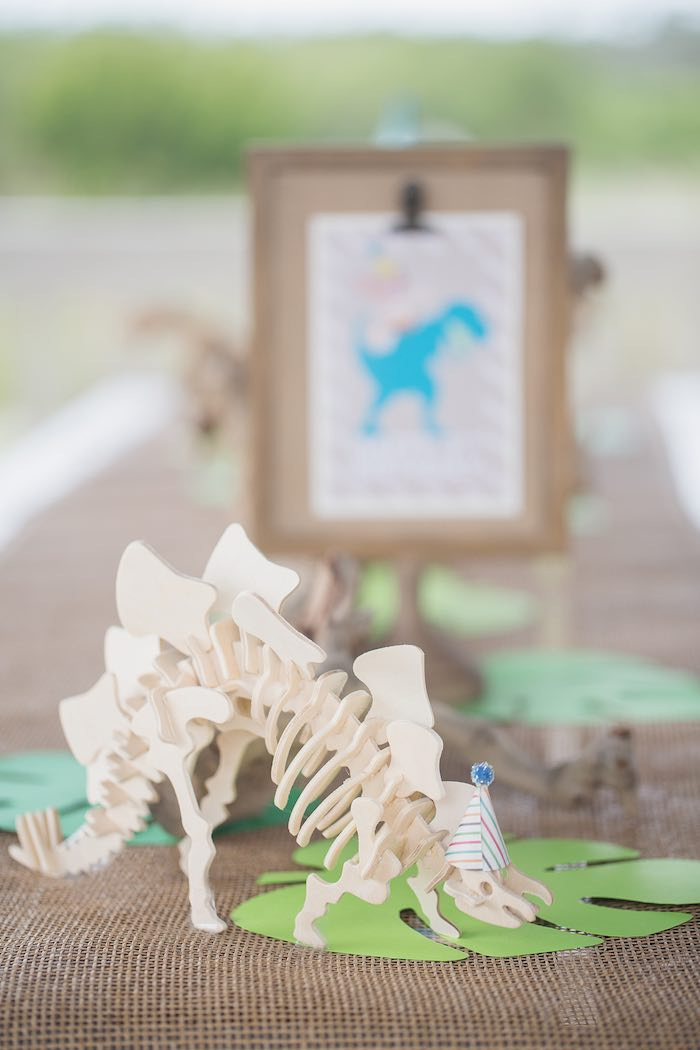 Skeletal Dinosaur from a Modern Dinosaur Birthday Party via Kara's Party Ideas KarasPartyIdeas.com (17)