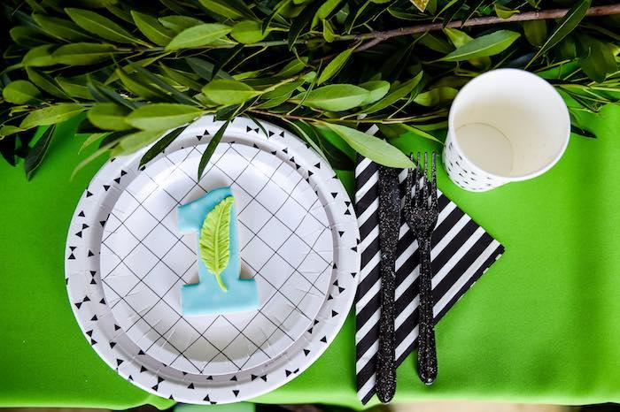 Plates from a Modern Neverland Birthday Party via Kara's Party Ideas KarasPartyIdeas.com (35)