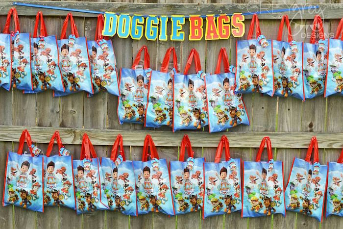 Doggie Bags from a Paw Patrol Birthday Party via Kara's Party Ideas | KarasPartyIdeas.com (5)