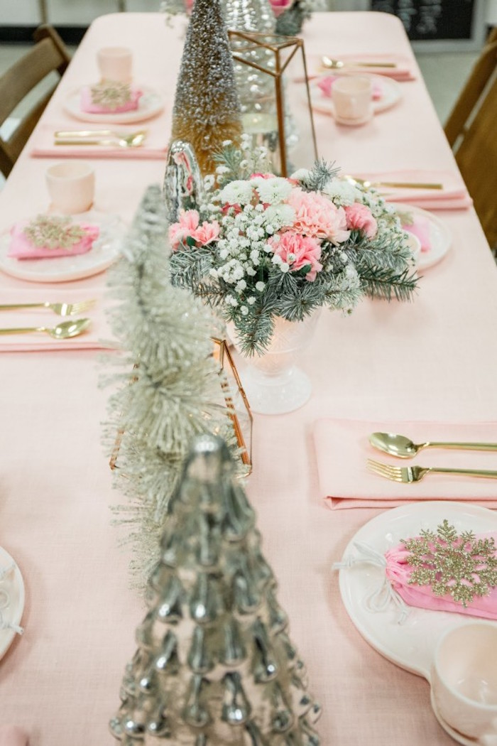 Tablescape from a Winter Wonderland Birthday Party via Kara's Party Ideas KarasPartyIdeas.com (34)