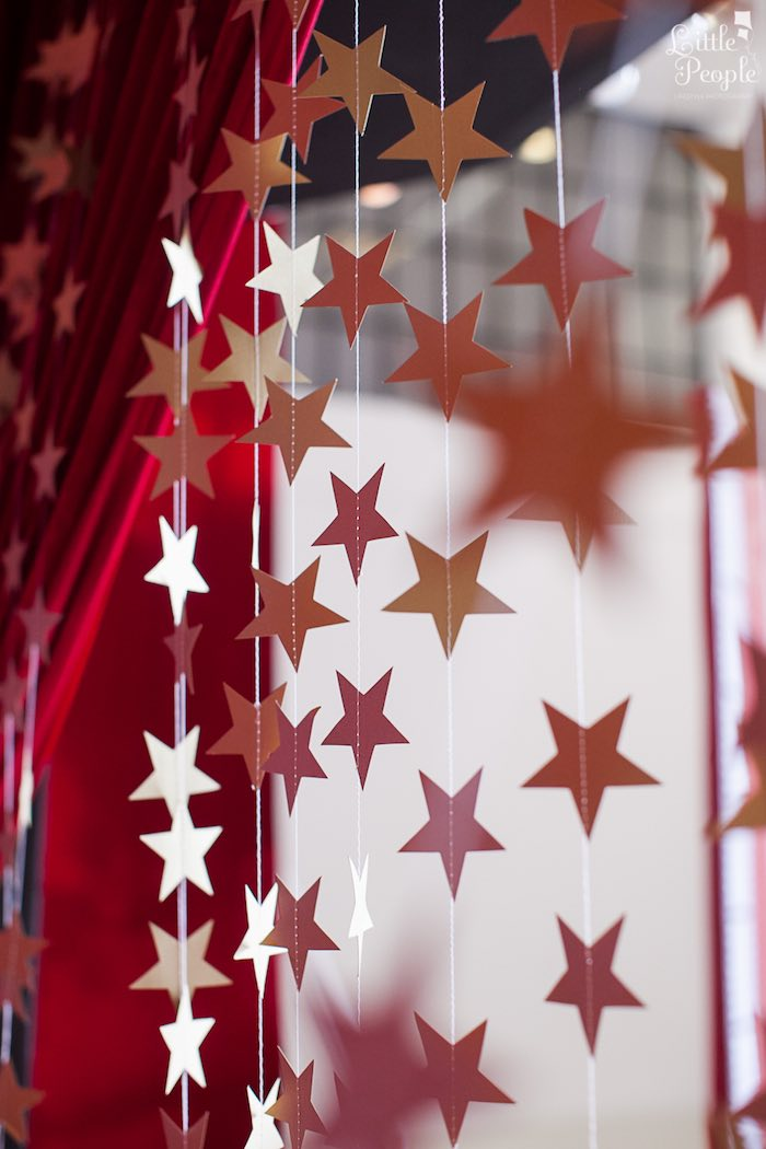 Star Garland Curtain from a Hollywood + Oscars Inspired 1st Birthday Party via Kara's Party Ideas KarasPartyIdeas.com (10)