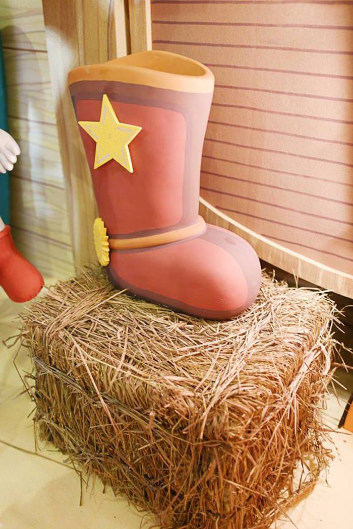 Hay Bale from a Little Cowboy Birthday Party via Kara's Party Ideas | KarasPartyIdeas.com (18)
