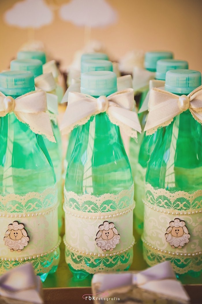 drinks from a little lamb baby shower via kara 39 s party ideas
