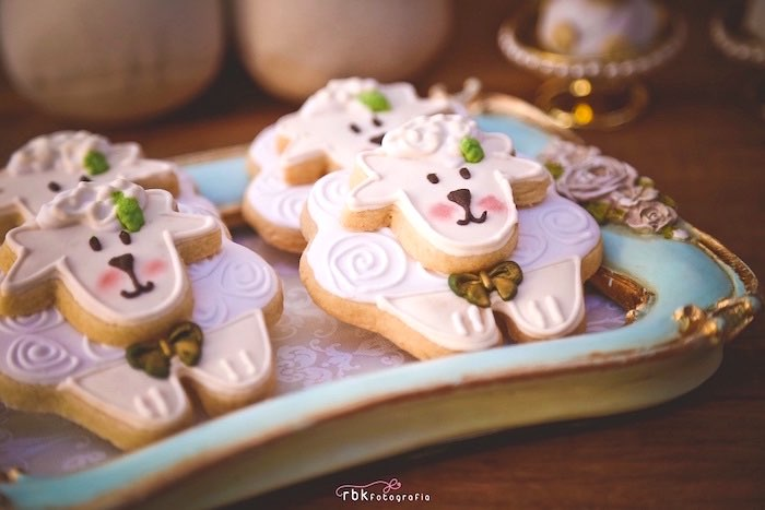 lamb cookies from a little lamb baby shower via kara 39 s party ideas