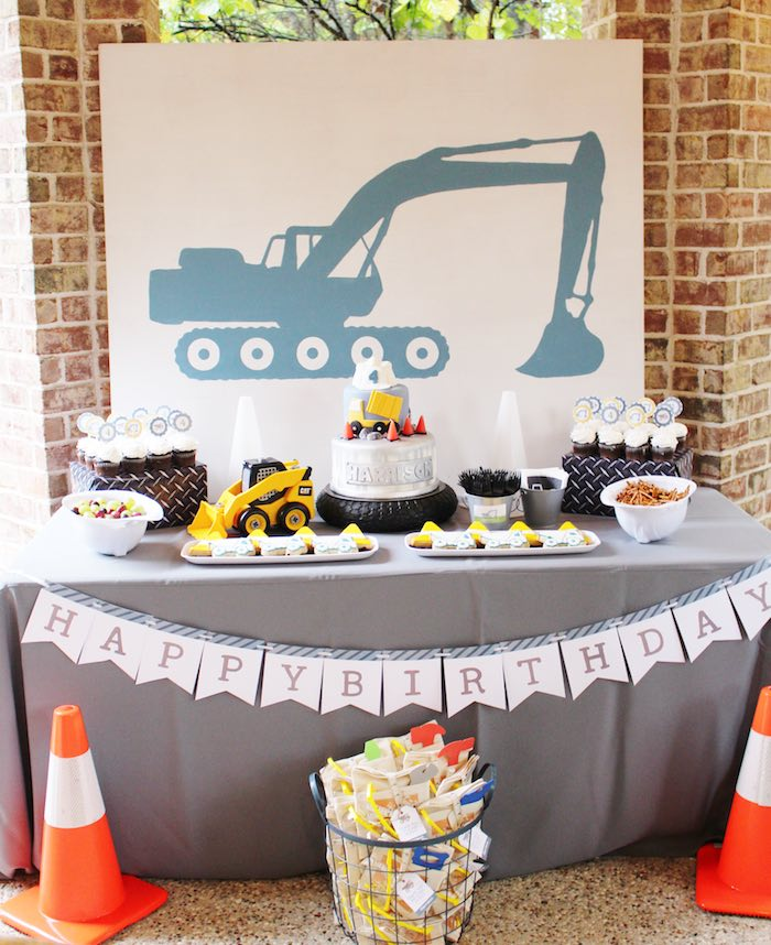 Main Table from a Modern Construction Birthday Party via Kara's Party Ideas   KarasPartyIdeas.com The Place for All Things Party! (13)