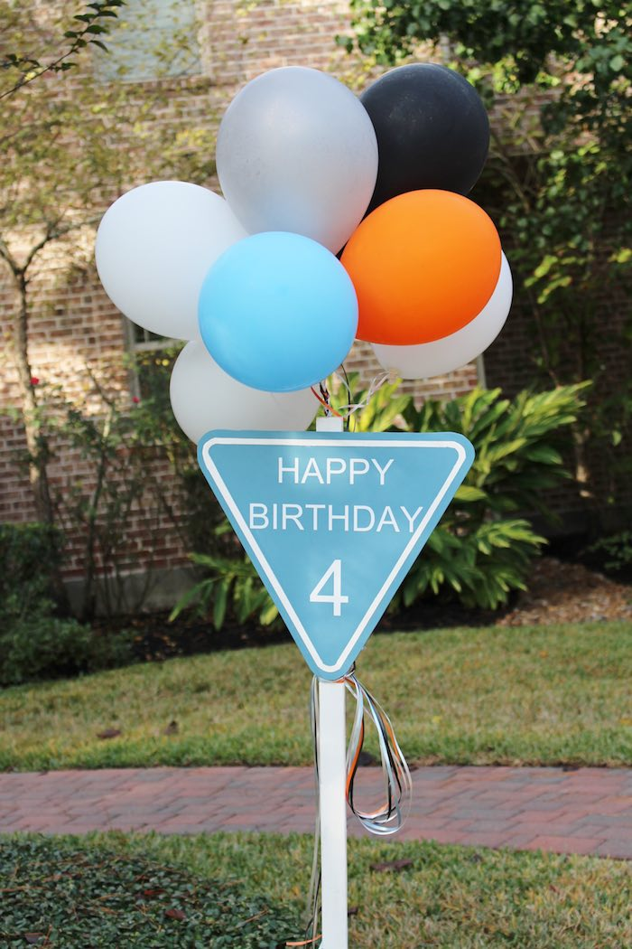 Entrance Sign from a Modern Construction Birthday Party via Kara's Party Ideas | KarasPartyIdeas.com The Place for All Things Party! (6)