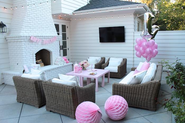 Partyscape from a Pretty In Pink 14th Birthday Party via Kara s Party Ideas    KarasPartyIdeas. Kara s Party Ideas Partyscape from a Pretty In Pink 14th Birthday