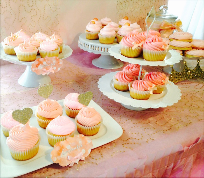 15% off Cupcake Decorating Tips from Love2bake via KarasPartyIdeas.com #FrostingTips #CakeDecorating #CupcakeDecorating #DIY (10)