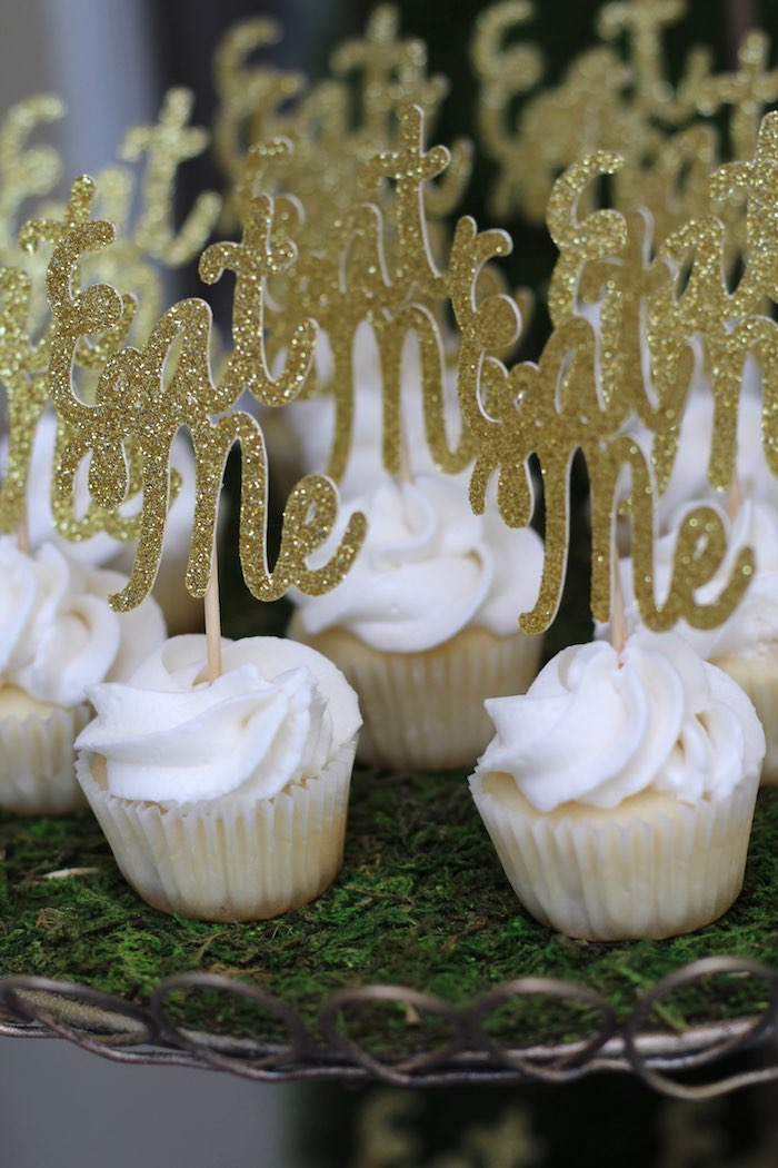 Cupcakes from an Alice In Wonderland Dessert Table via Kara's Party Ideas | KarasPartyIdeas.com (14)