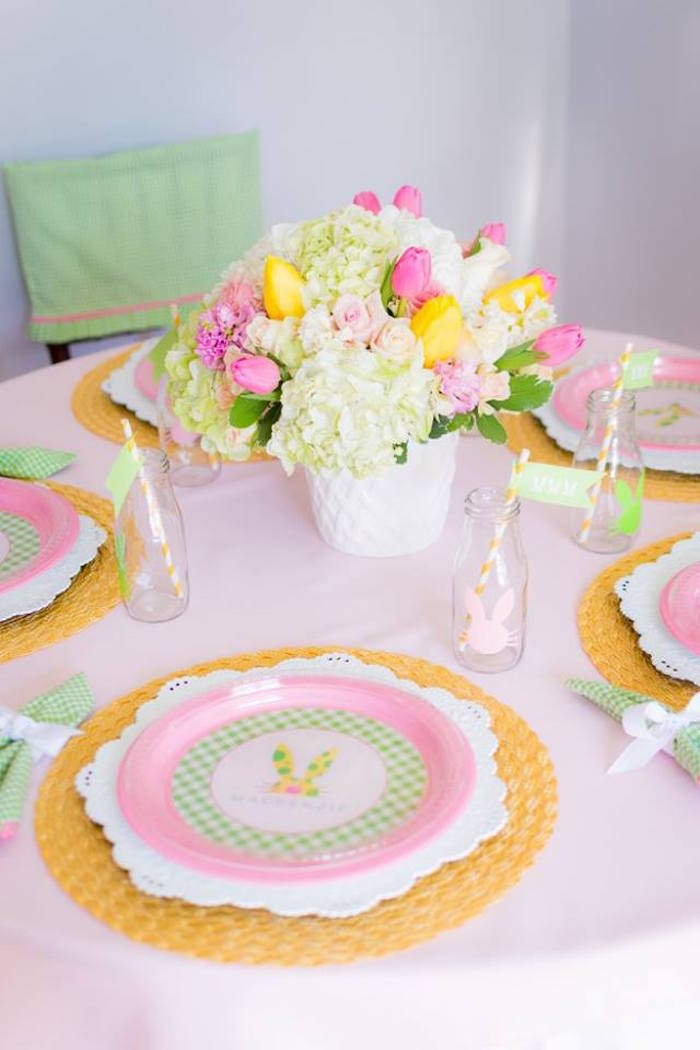 Place Setting + Dining Tablescape from an Easter Bunny Brunch via Kara's Party Ideas | KarasPartyIdeas.com (13)