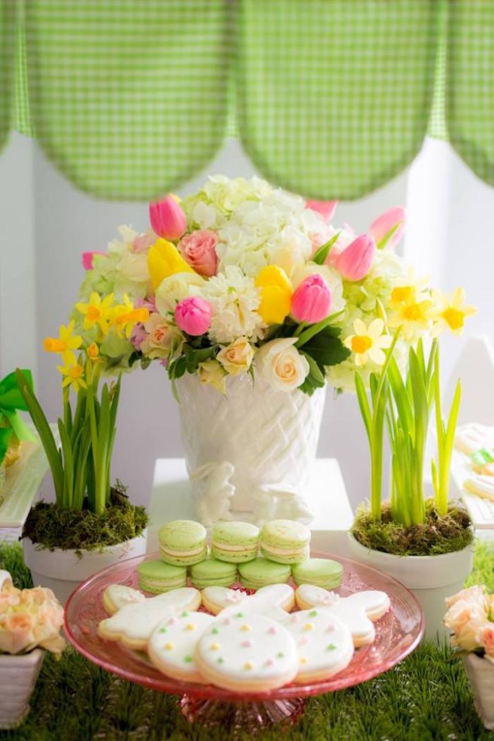 Florals + Sweets from an Easter Bunny Brunch via Kara's Party Ideas | KarasPartyIdeas.com (4)