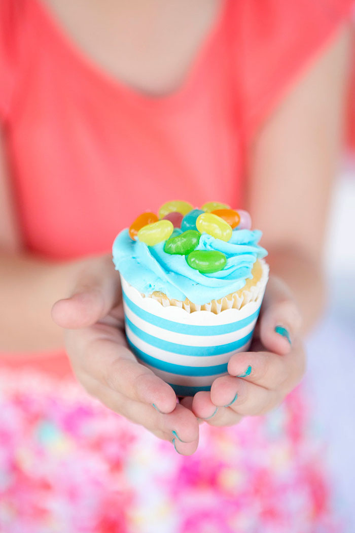 Cupcake from an Easter Party for Kids with FREE Printables via Kara's Party Ideas | KarasPartyIdeas.com (16)