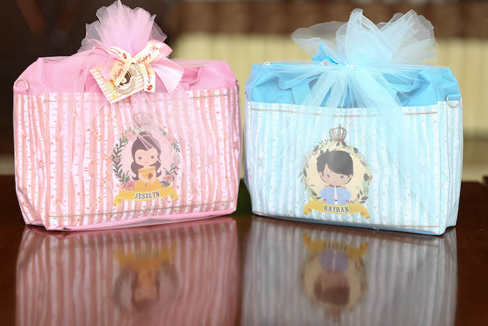 1st Birthday Party Favor Bag Ideas Gallery