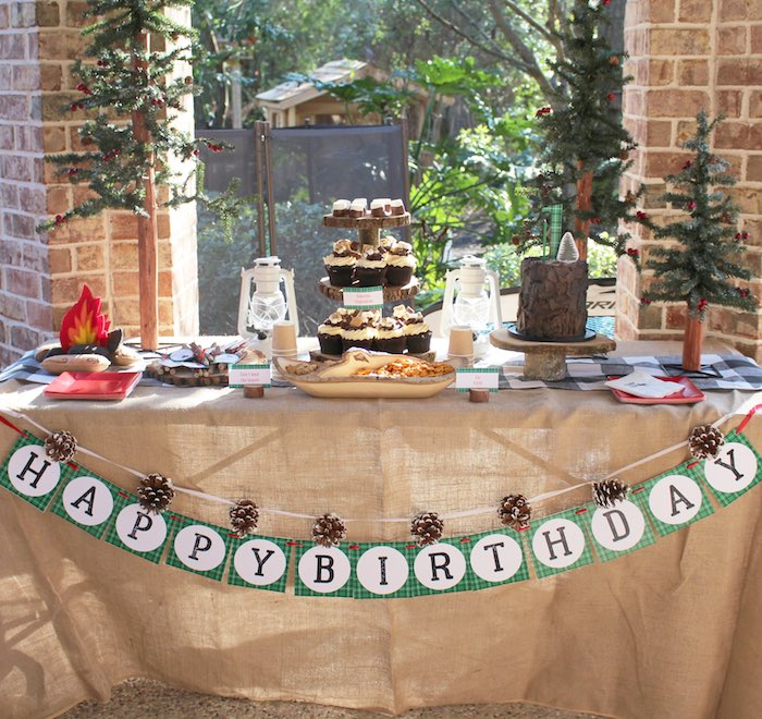 Head Table from a Little Lumberjack Birthday Party via Kara's Party Ideas KarasPartyIdeas.com (15)