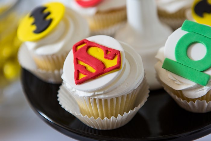 Superman-inspired Cupcake from a Modern Justice League Birthday Party via Kara's Party Ideas KarasPartyIdeas.com (39)