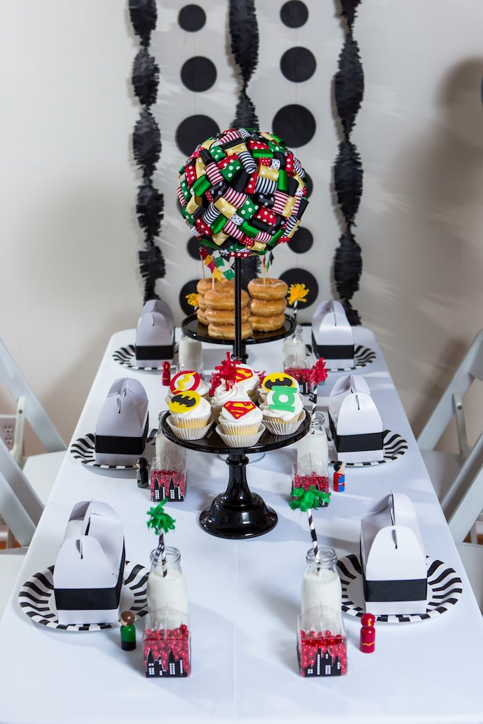 Dining Tablescape from a Modern Justice League Birthday Party via Kara's Party Ideas KarasPartyIdeas.com (28)