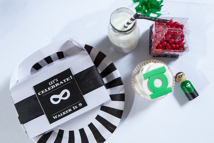 Green Lantern Place Setting from a Modern Justice League Birthday Party via Kara's Party Ideas KarasPartyIdeas.com (26)