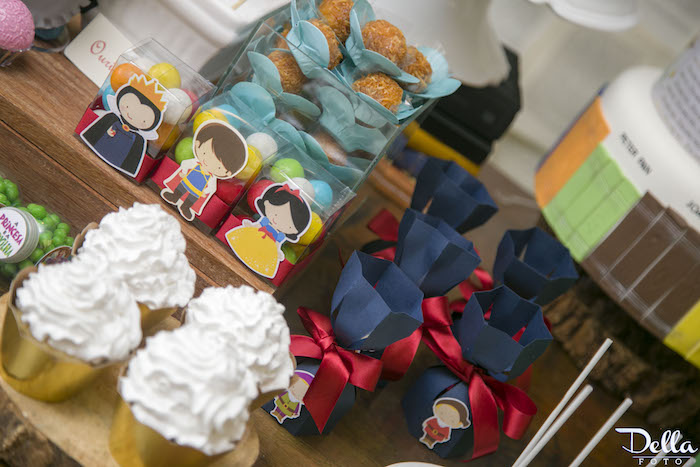 """Snow White Favors from a """"Once Upon a Time"""" Fairytale Birthday Party via Kara's Party Ideas! KarasPartyIdeas.com (18)"""