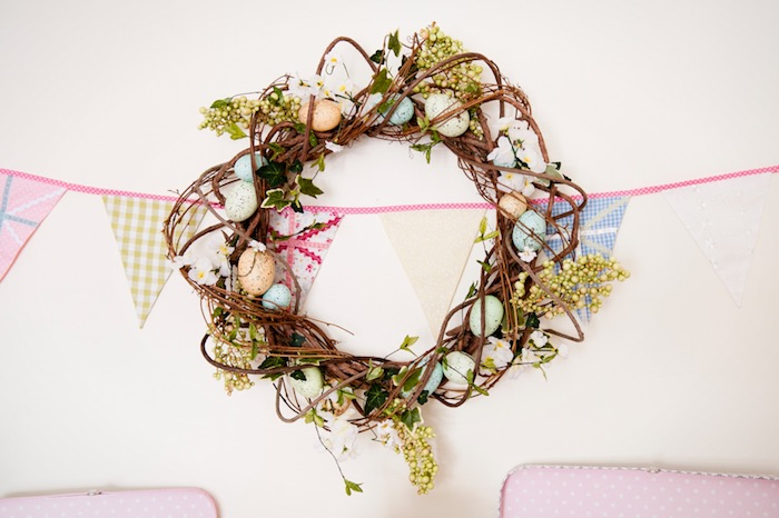 Wreath from a Pastel Easter Party via Kara's Party Ideas! KarasPartyIdeas.com (17)