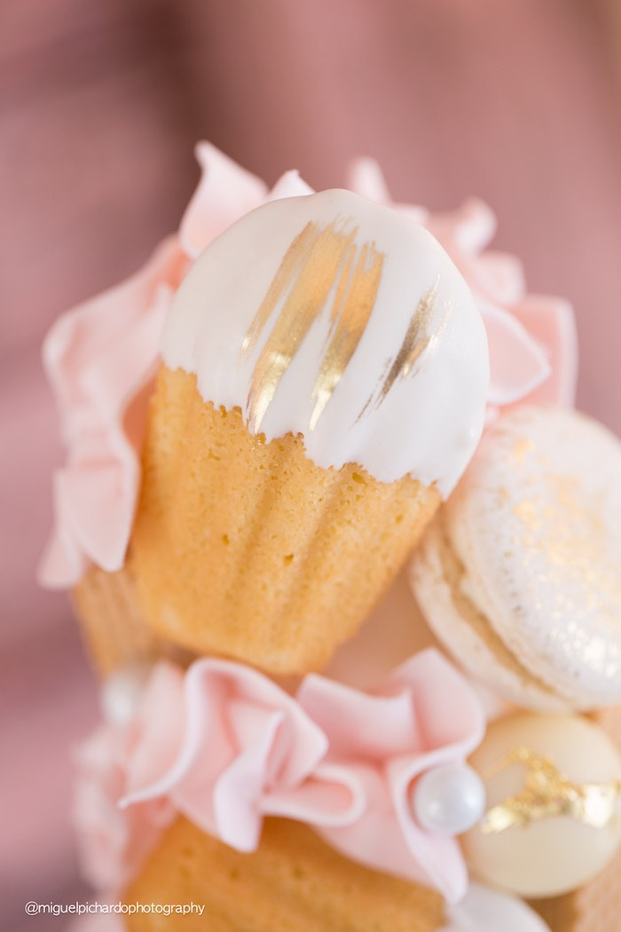 Cookie Detail from a Dessert Tower from a Pink + Gold 1st Birthday Party via Kara's Party Ideas | KarasPartyIdeas.com (19)